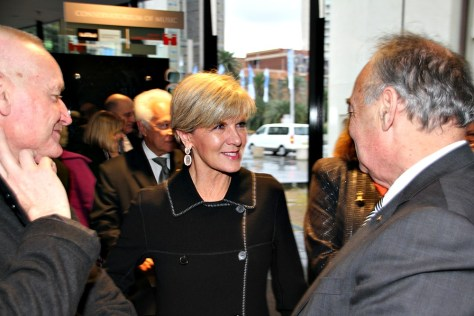 Foreign Minister Julie Bishop chats with current ABC Chairman Jim Spigelman