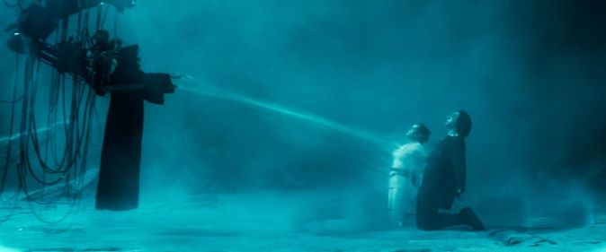 Palpatine drena la fuerza vital Rise of Skywalker