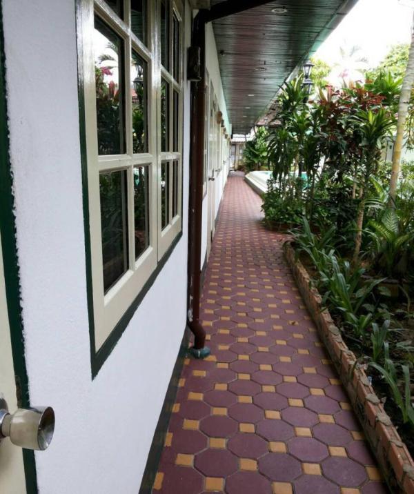 Отель Karon View Resort 2* (Пхукет, Таиланд): фото ...