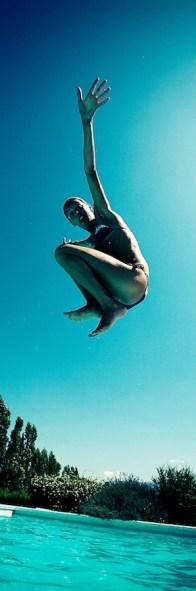 Layla à la piscine à Rome 3