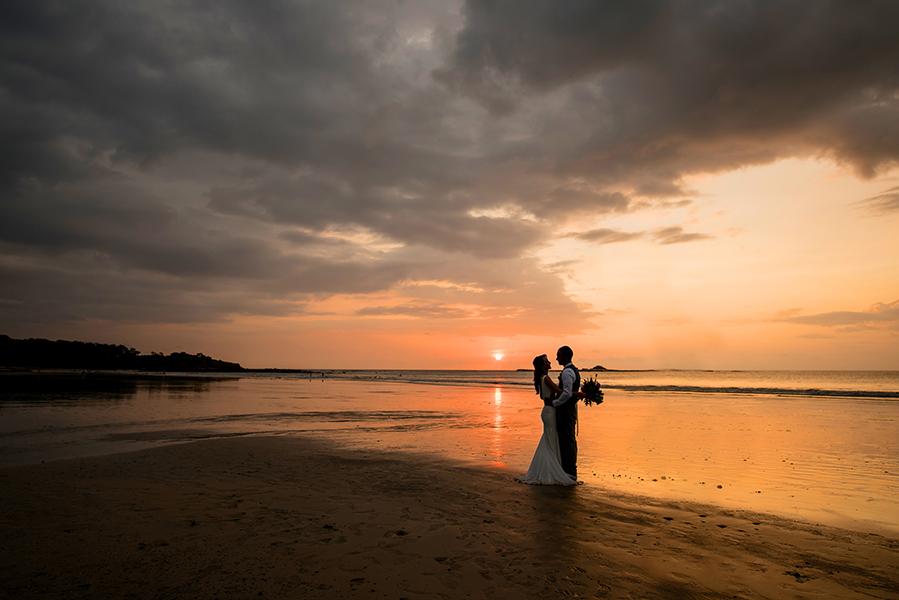 Beachfront destination wedding at Langosta Beach