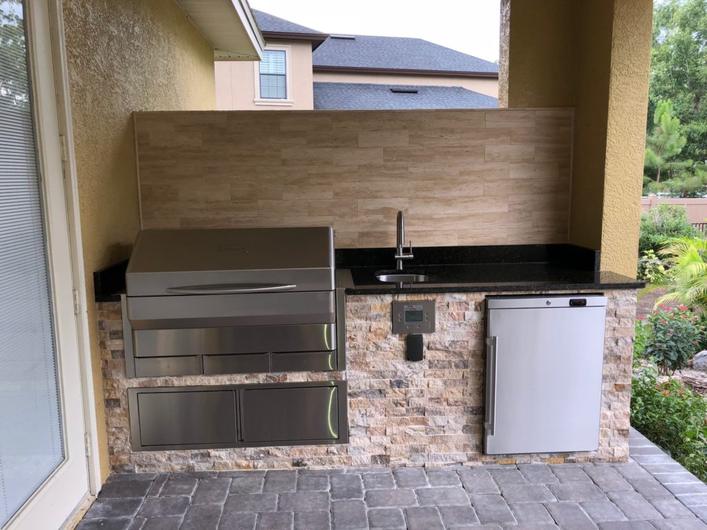 Memphis Grill Outdoor Kitchen - Synergy Outdoor Living on Synergy Outdoor Living  id=87789
