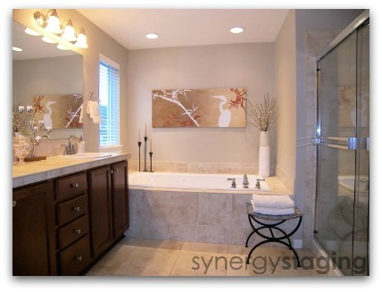 Master Bathroom staged by Synergy Staging in Clackamas