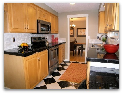 Kitchen staged by Synergy Staging