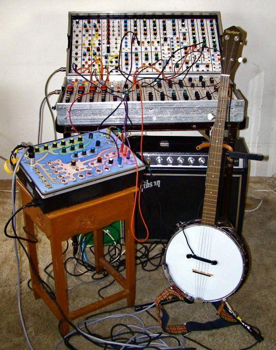 banjo-synthesizer