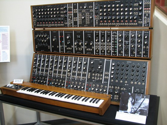 A Short History Of The Moog Synthesizer Synthtopia