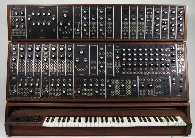 Moog Modular Synthesizer : keith emerson s moog modular system 55 on ebay a fraud synthtopia ~ Vivirlamusica.com Haus und Dekorationen