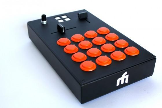 Midi-Fighter-Pro-Beat-Masher-560x373