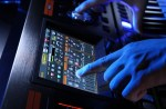 roland-jupiter-80-touchscreen