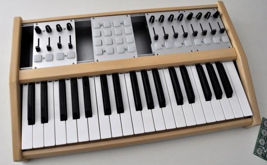 Midi Controller Custom : the livid omni modular controller synthtopia ~ Russianpoet.info Haus und Dekorationen