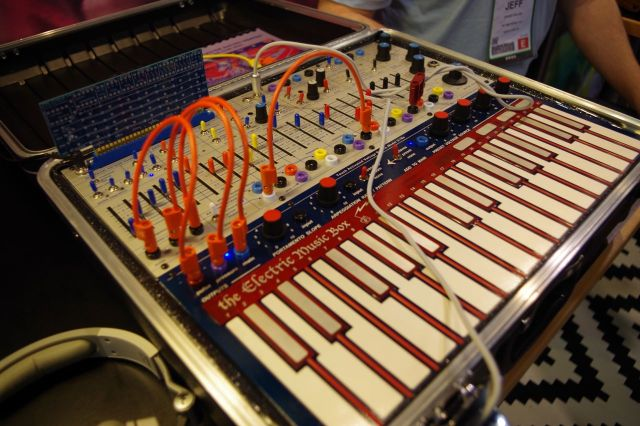 buchla-music-box