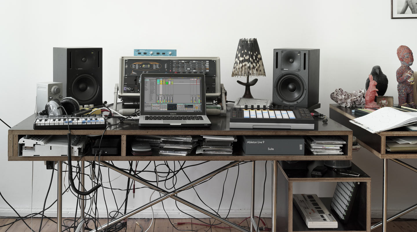 ableton live 9 push release date march 5th synthtopia. Black Bedroom Furniture Sets. Home Design Ideas