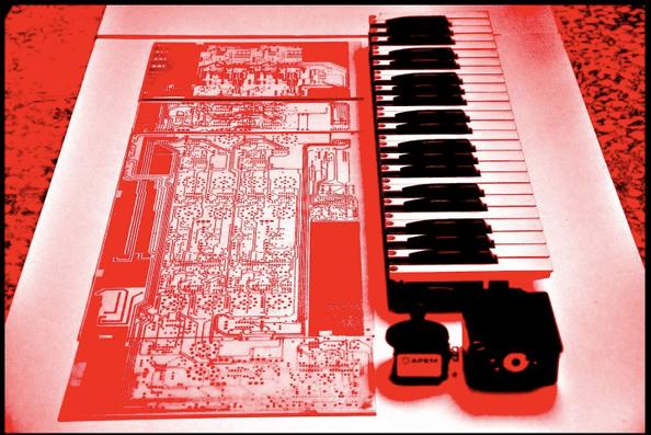 macbeth-synthesizer-prototype