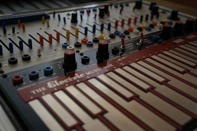 buchla-music-easel