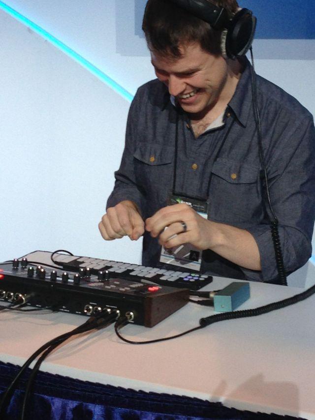 dave-smith-instruments-p-12-desktop