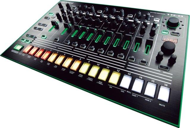 Roland-aira-tr-8
