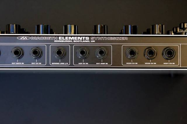 macbeth-elements-synth-backside