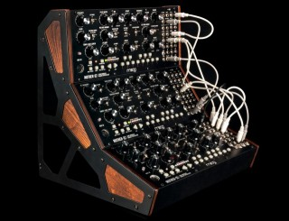 eurorack-modular-synth-cases-and-stand