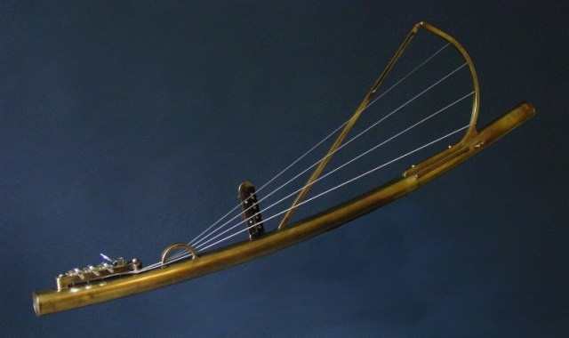 Electric-Stringed-DidgeridooJPG