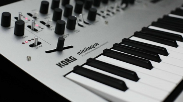 korg-minilogue-wide