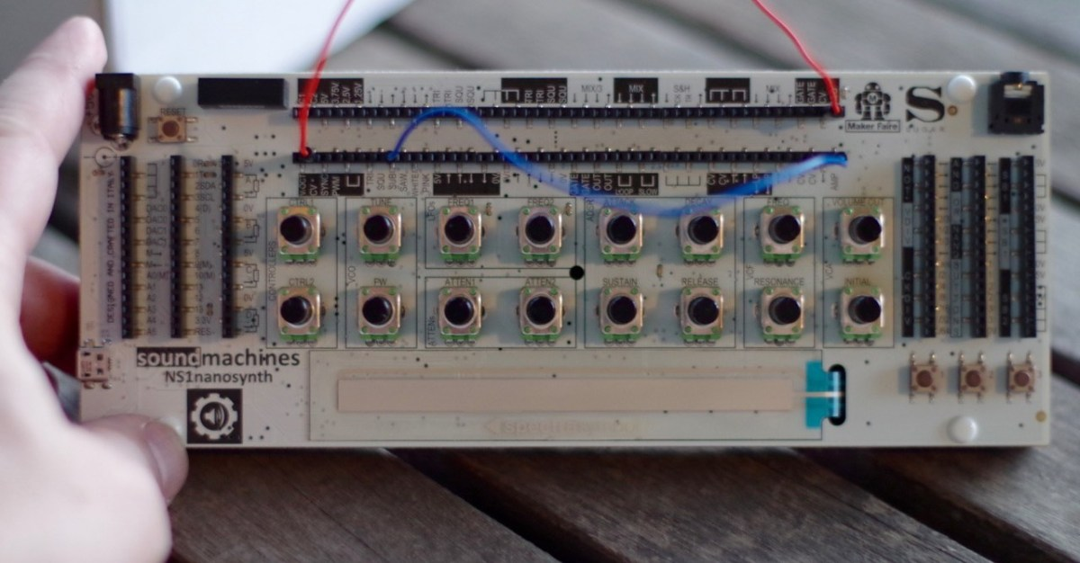 The Soundmachines NS1nanosynth Is A Tiny, Powerful Modular Synthesizer