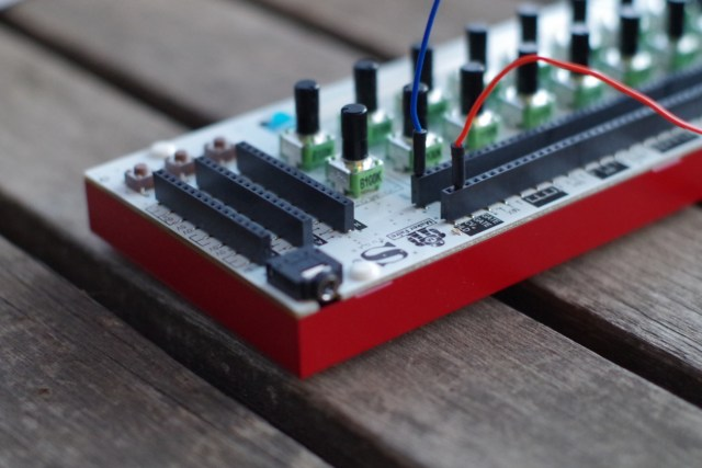 the soundmachines ns1nanosynth is a tiny powerful modular synthesizer synthtopia. Black Bedroom Furniture Sets. Home Design Ideas