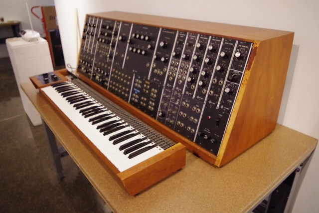 the story of duke university s moog synthesizer 1c aka mystery moog synthtopia. Black Bedroom Furniture Sets. Home Design Ideas