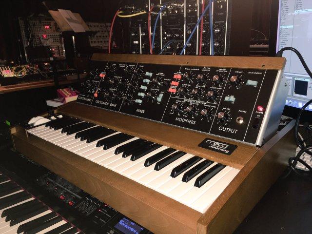 moog-minimoog-model-d-synthesizer-trent-reznor
