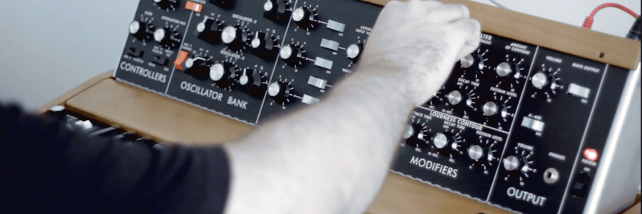 new-moog-minimoog-model-d-audio-demo