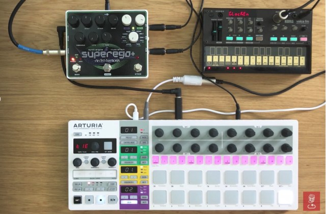 How To Sequence Effects Pedals With Control Voltages