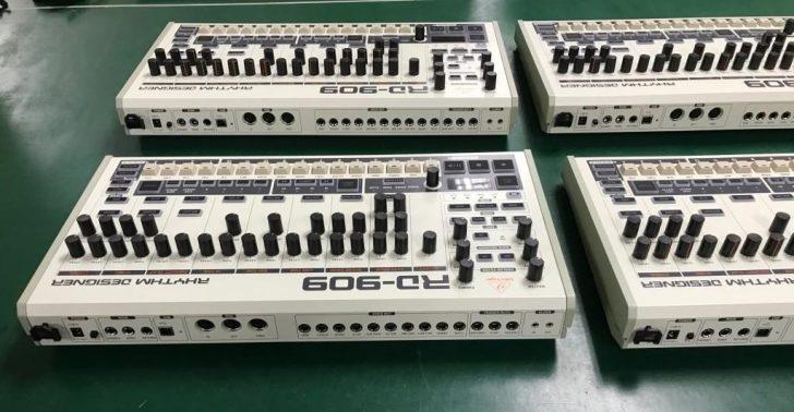 behringer-rd-808-drum-machine-roland-e15