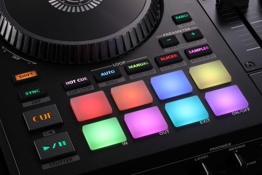 Roland-Serato-DJ-707M-pads