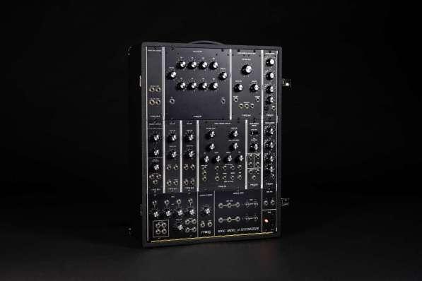 Moog_Model_10_Black-1
