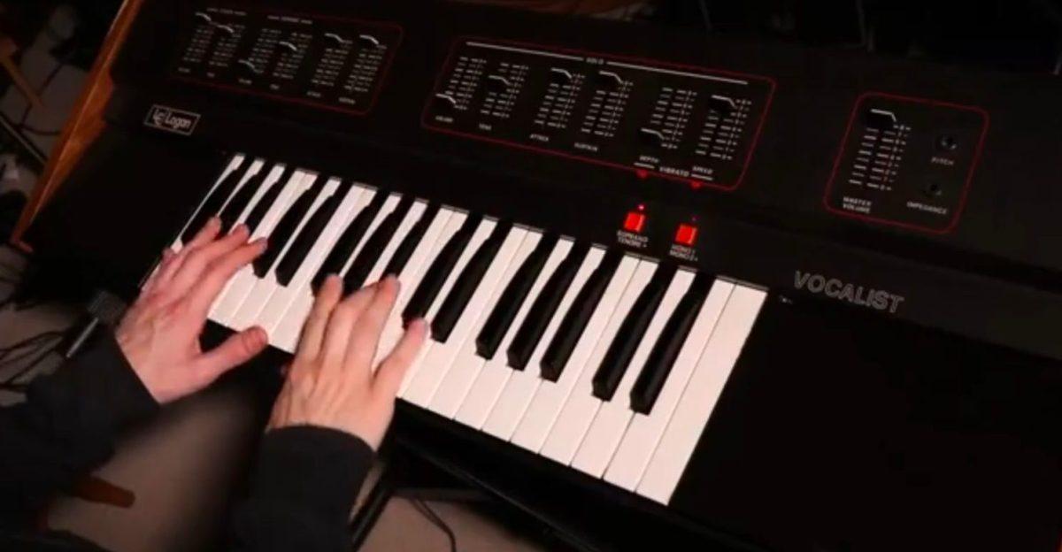 Logan Vocalist Analogue Choir Synthesizer