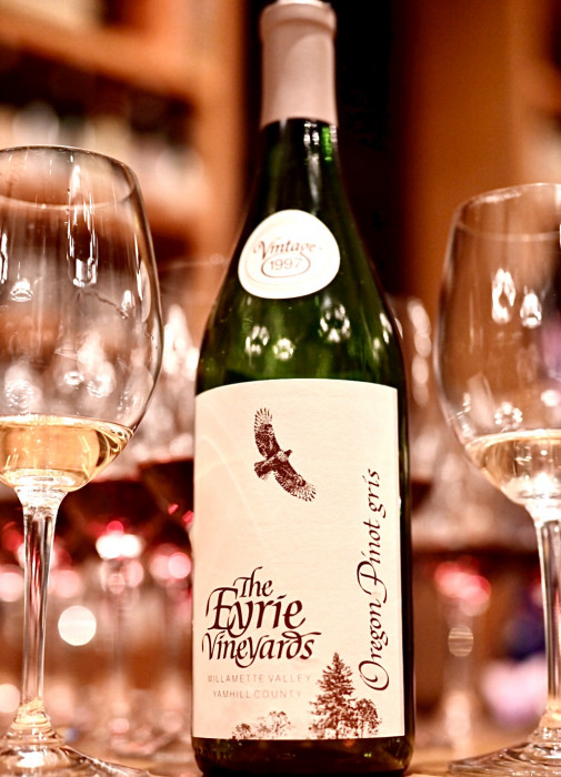 Eyrie Vineyards Oregon Pinot Gris 1997