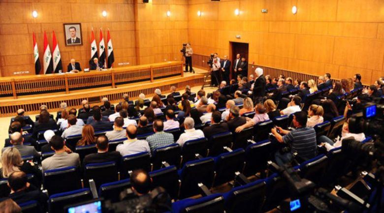 Le ministre des affaires étrangères Walid al-Mouallem et son homologue irakien Ibrahim al-Jaafari lors de la conférence de presse lundi 15 octobre à Damas (SANA).