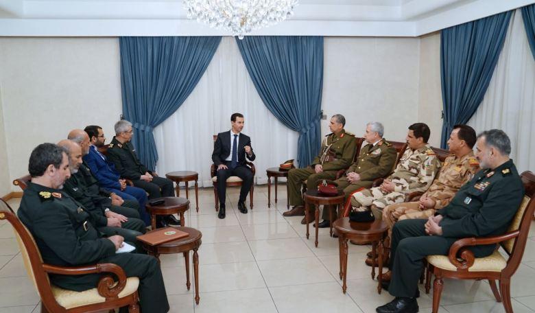 Le président Assad accompagné du ministre de la défense Ali Abdallah Ayoub, en présence des délégations militaires irakienne et iranienne à Damas, le 18 mars 2019 (image SANA)