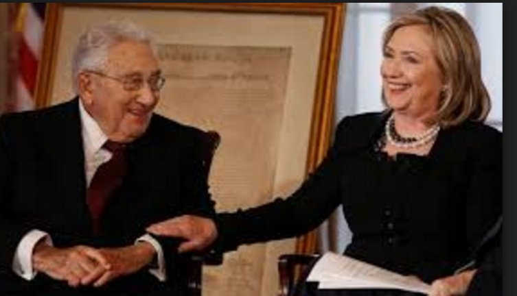 Hillary Clinton with Henry Kissinger