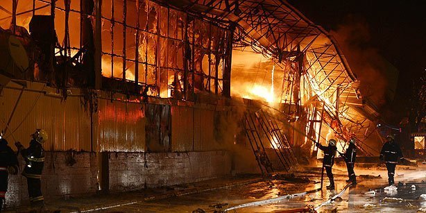 yangin turkish bazaar on fire