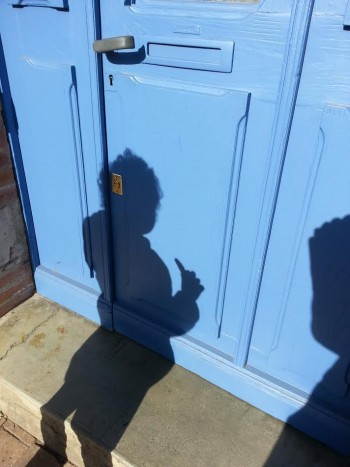 ombre porte bleue