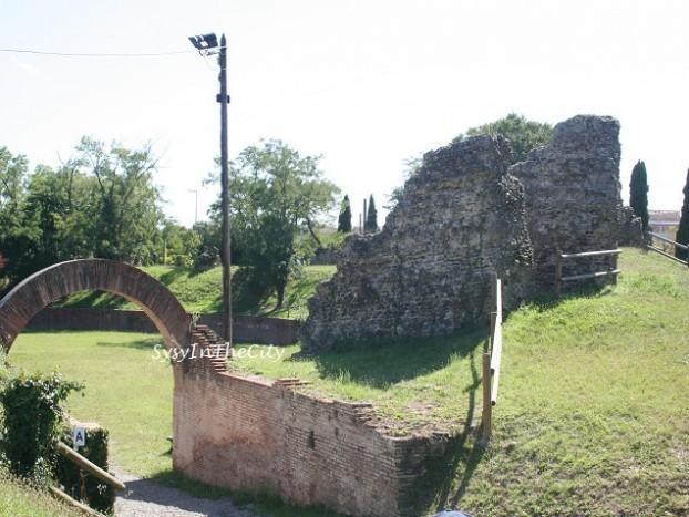 entrée arènes romaines toulouse sysyinthecity