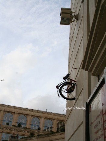 vélo dans le mur sysyinthecity montpellier