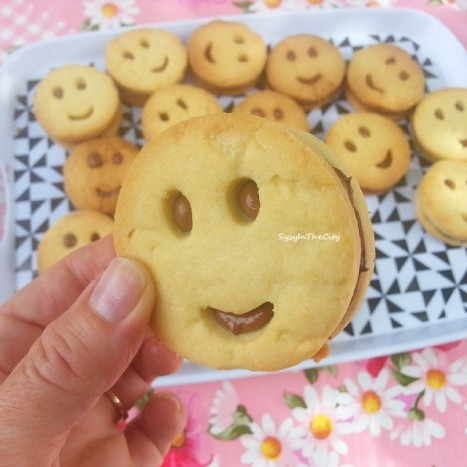 biscuits smiley sysyinthecity