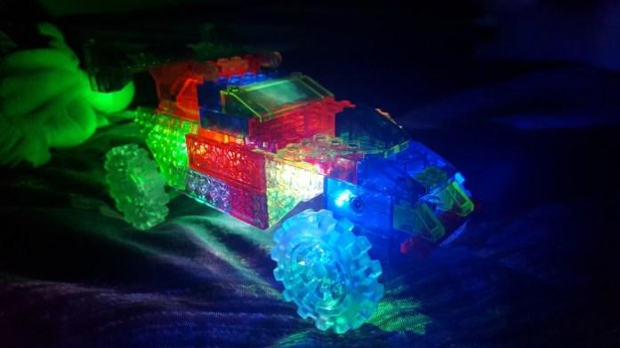 sysyinthecity-com-laser-pegs-2