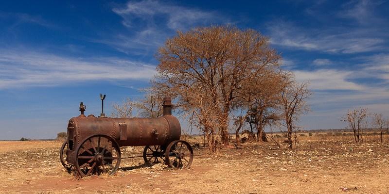 Lokomotywa przy drodze do Harare