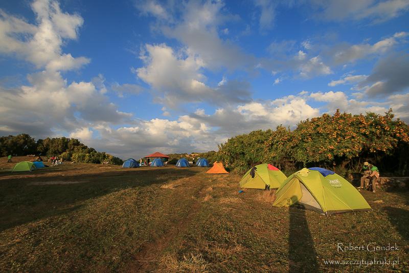 Koszty podróży do Etiopii. Nocleg w Górach Semien