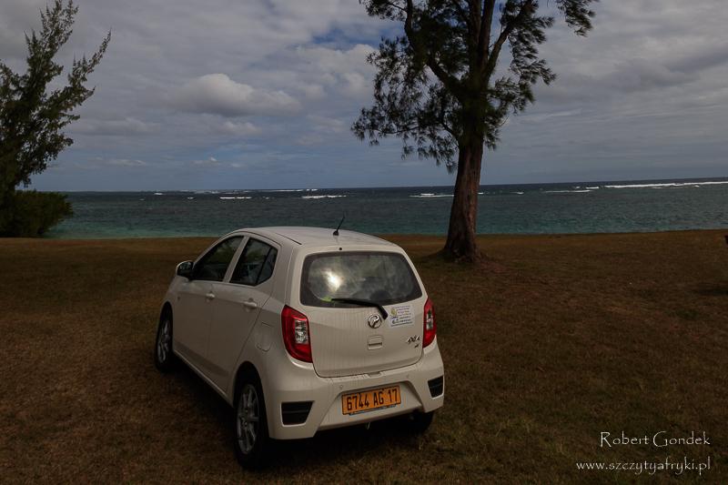 Koszt podróży na Mauritius z dzieckiem - samochód z wypożyczalni na Mauritiusie