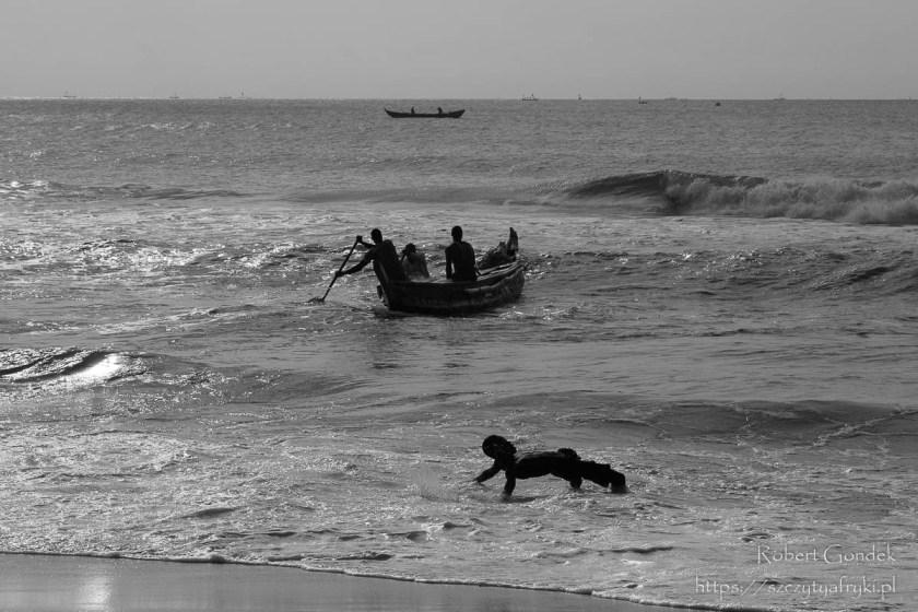 Poranek na wybrzeżu w Ghanie