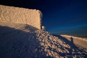 Zimowe krajobrazy na Śnieżce