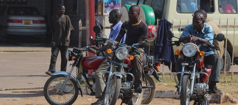 Dzień w Kampali